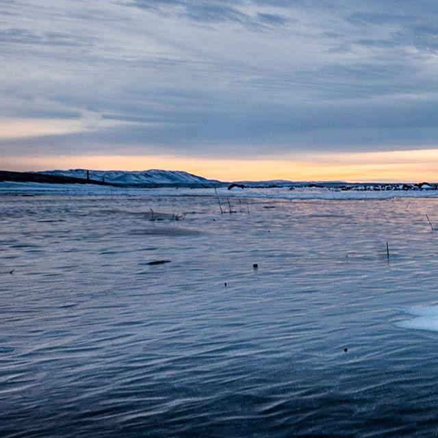 The colors of winter VII-C: #iceland #natureart #snow #winter #winterphotography #winterphotoshoot #naturephotography #leica #leicasl #leicaswitzerland #traveldeeper #artoftheday #triptichon #landscape #lake #ice #zen #frozen