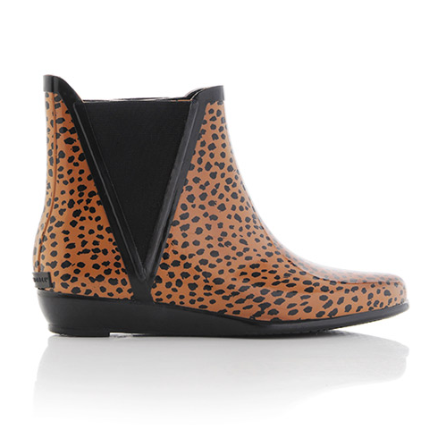 Rain boots you can wear out, what?!