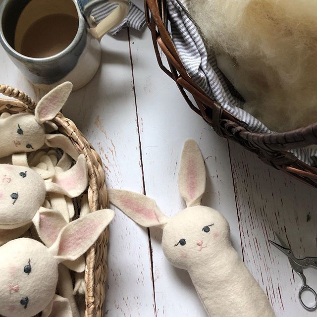 Rainy day rabbit stuffing 🧵  I am hoping to have a small batch of rabbits in the shop this weekend, I will keep you posted on specific date and time! 🌱