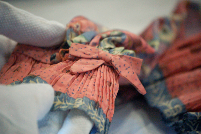 Footprints garment silk blouse FASHION CURATION
