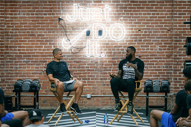 Flex The Mind. Flex The Body. Flex The Game. #NikeBasketballAcademy 📸: @jonlopez13 / Matteo Marchi