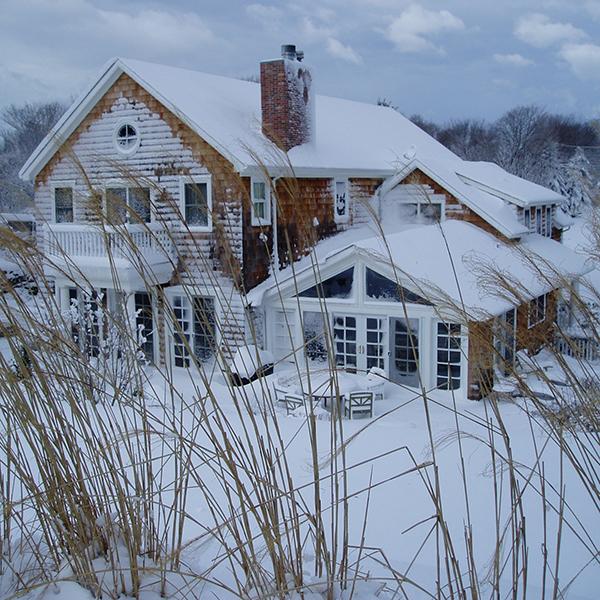 winter_exterior1_sq.jpg