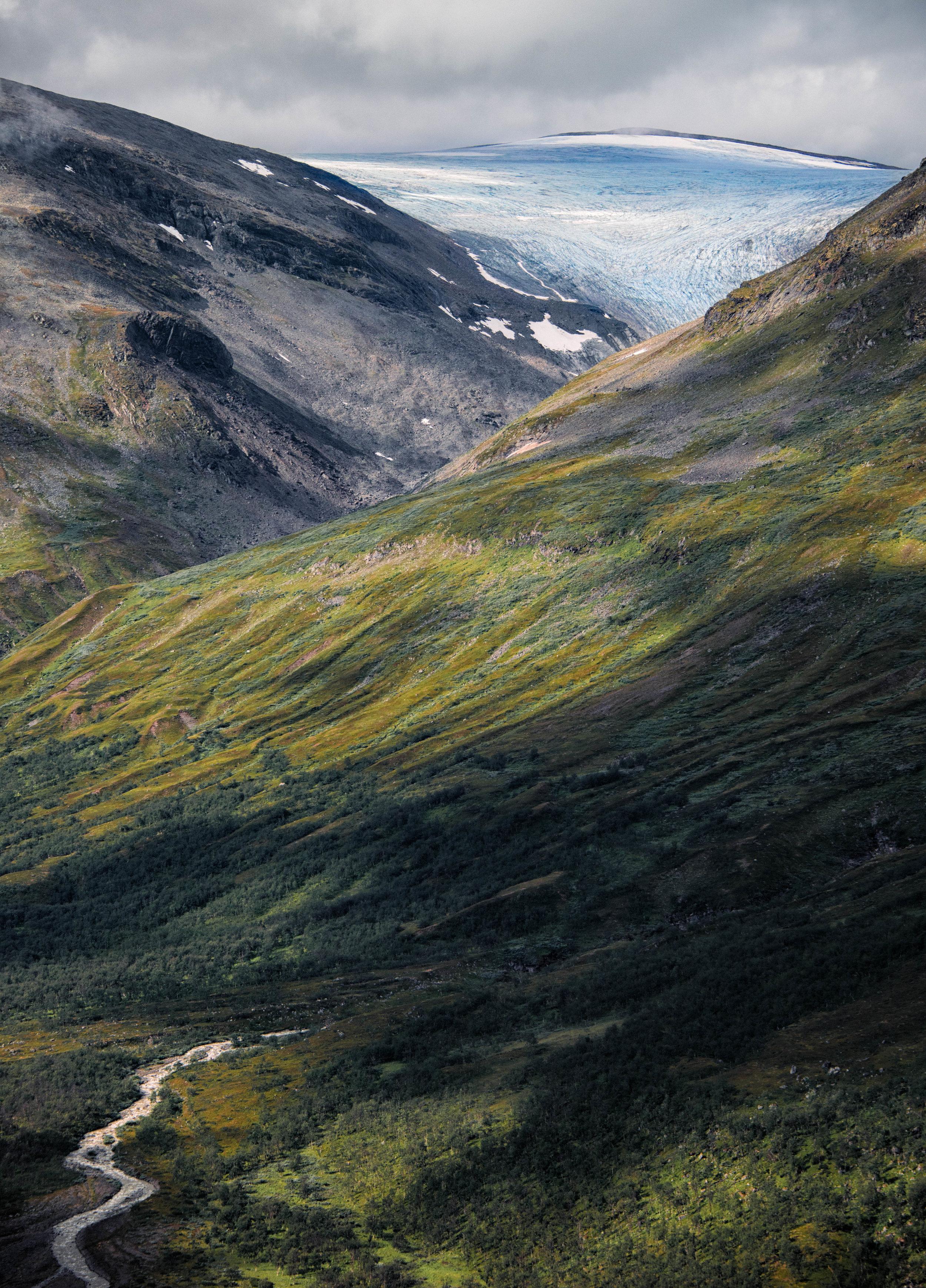 Mountain-view-Edit.jpg