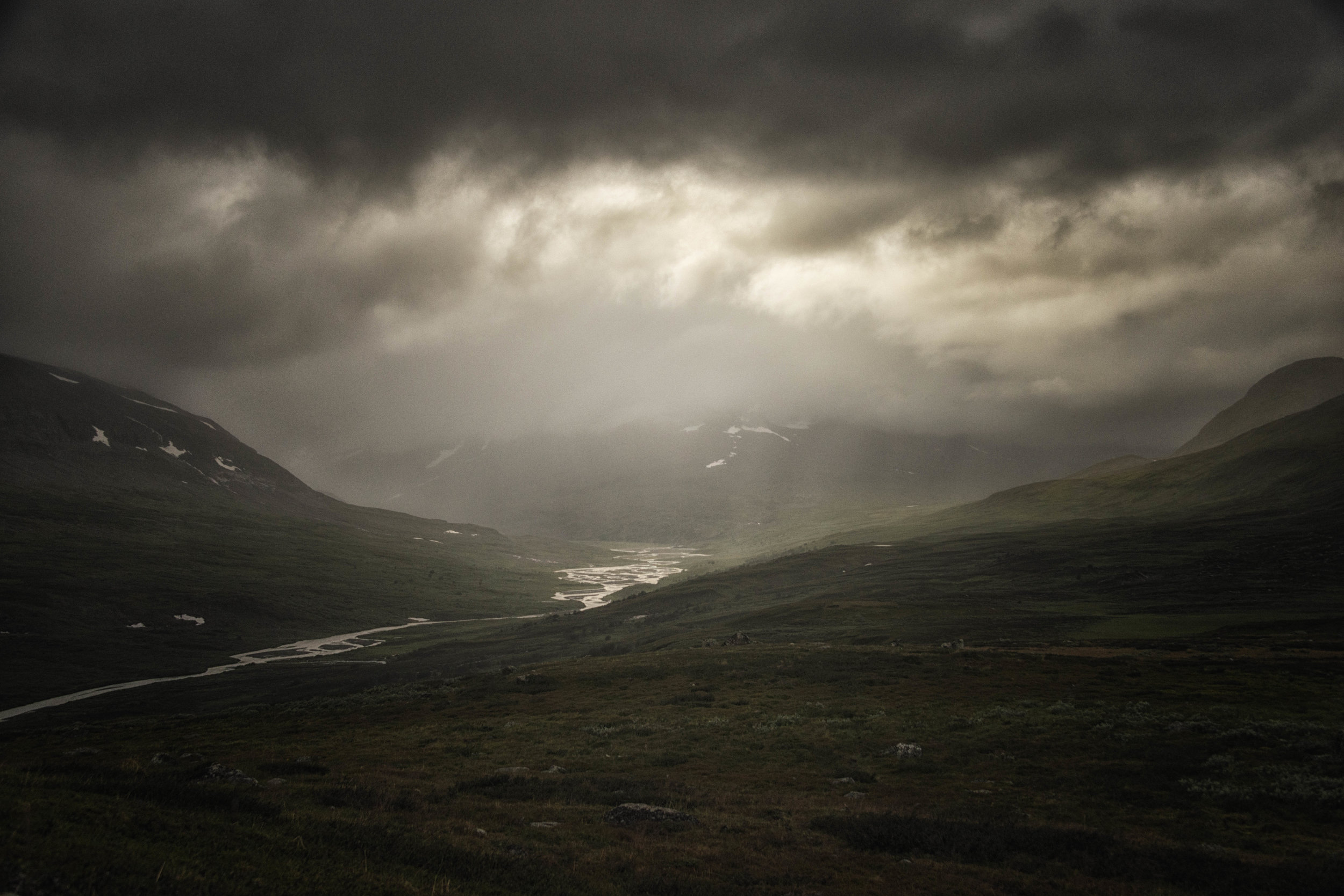 Rain-in-the-mountains.jpg