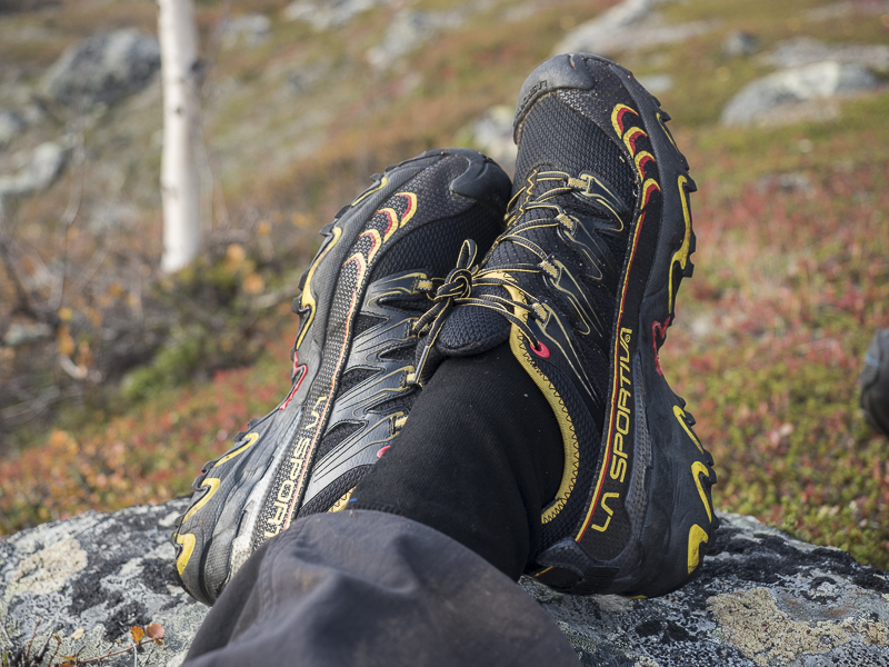 ultra light hiking shoes