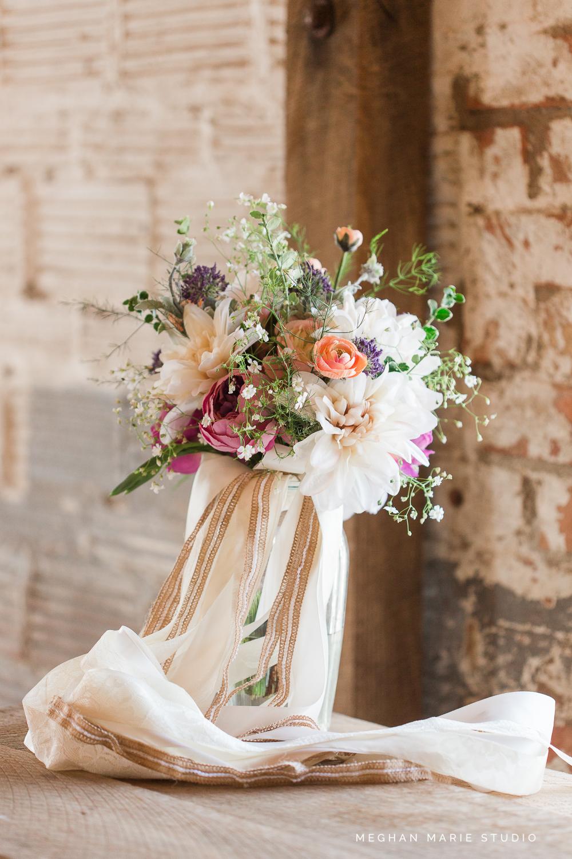 Floral Design: Shelley Ehret