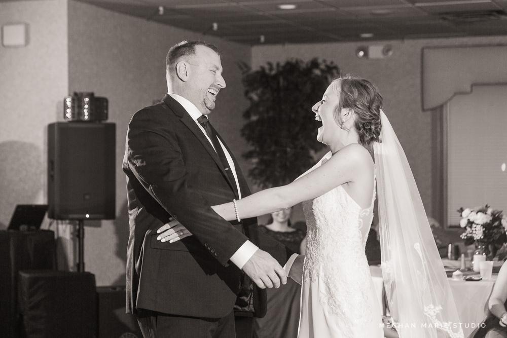 2019-ward-wedding-blog-MeghanMarieStudio-5827.jpg