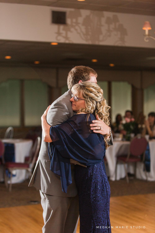 2019-ward-wedding-blog-MeghanMarieStudio-5948.jpg