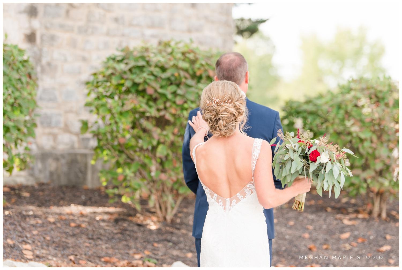 meghan-marie-studio-rustic-european-wedding-photography-first-look-daddy-daughter_0273.jpg