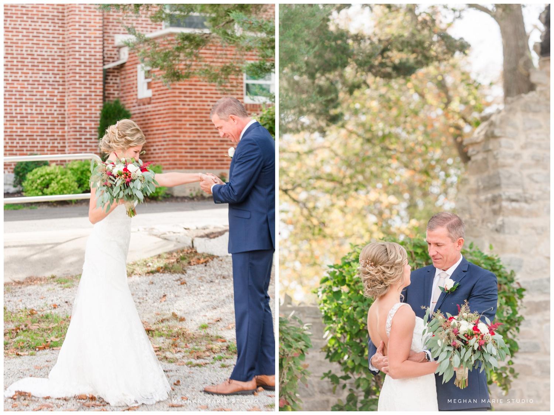 meghan-marie-studio-rustic-european-wedding-photography-first-look-daddy-daughter_0276.jpg