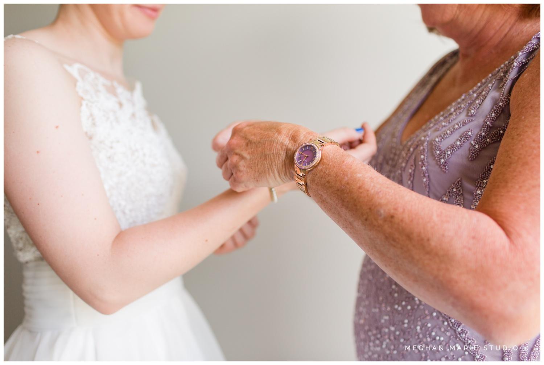 meghan-marie-studio-whitesell-reuning-wedding-photographer-photography-troy-ohio-crystal-room-purebred-hayner-cultural-center-rustic-urban-summer-citrus-orange-green-royal-blue_0104.jpg