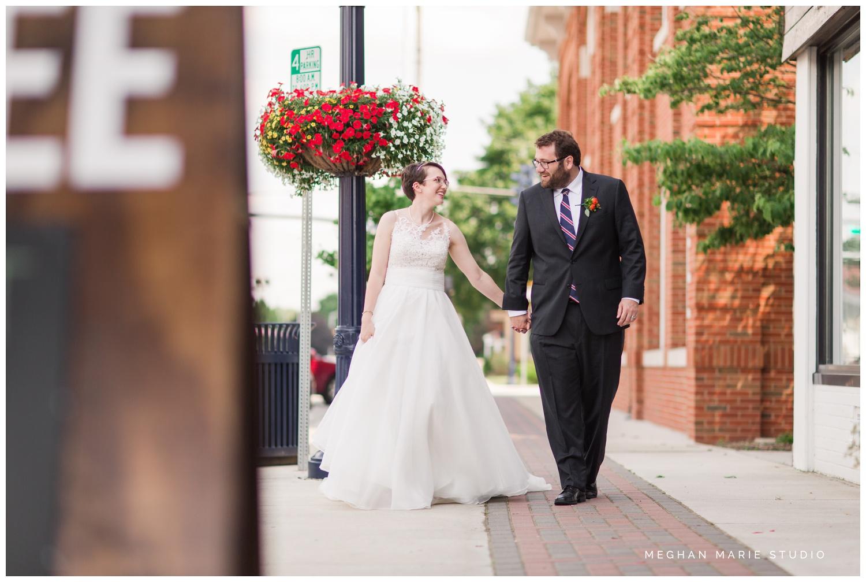 meghan-marie-studio-whitesell-reuning-wedding-photographer-photography-troy-ohio-crystal-room-purebred-hayner-cultural-center-rustic-urban-summer-citrus-orange-green-royal-blue_0123.jpg