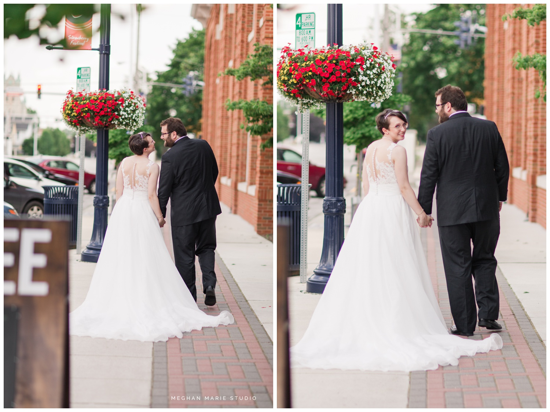 meghan-marie-studio-whitesell-reuning-wedding-photographer-photography-troy-ohio-crystal-room-purebred-hayner-cultural-center-rustic-urban-summer-citrus-orange-green-royal-blue_0124.jpg