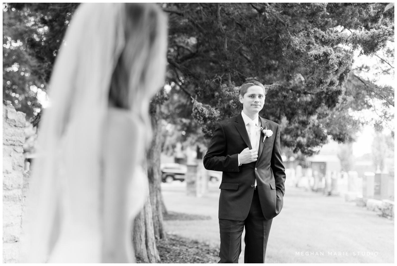 meghan marie studio simple elegant classic catholic wedding_0174.jpg
