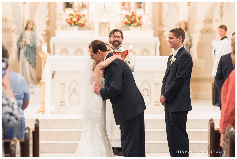 meghan marie studio simple elegant classic catholic wedding_0179.jpg