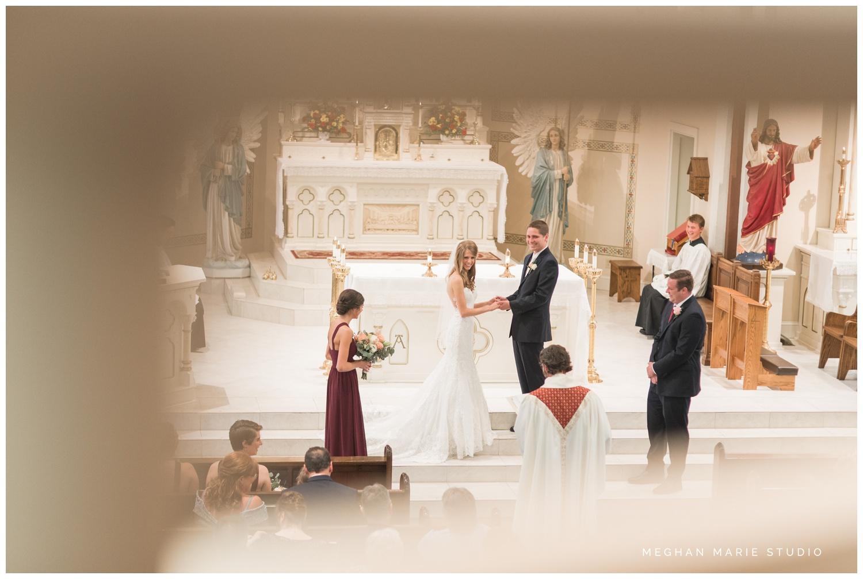 meghan marie studio simple elegant classic catholic wedding_0181.jpg