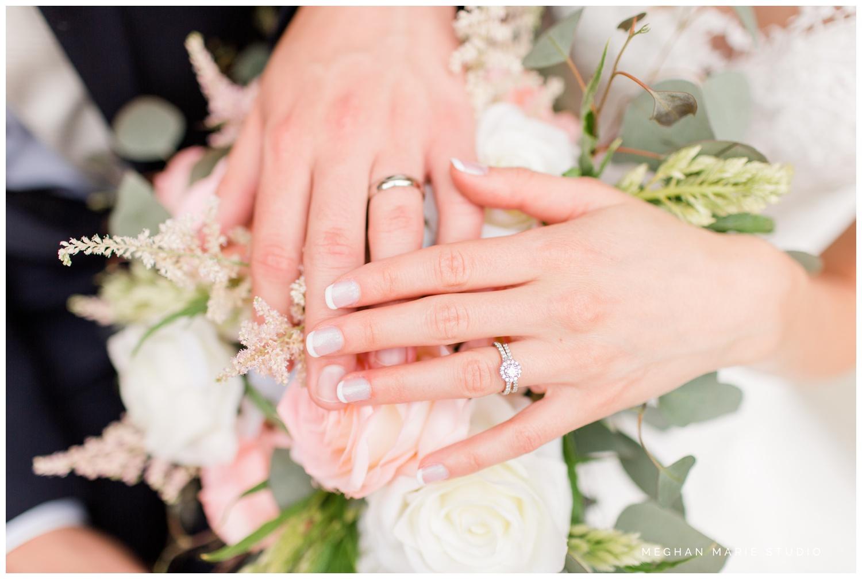 meghan marie studio simple elegant classic catholic wedding_0186.jpg