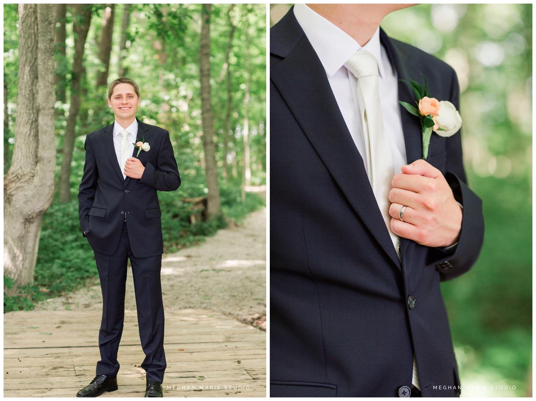 meghan marie studio simple elegant classic catholic wedding_0191.jpg