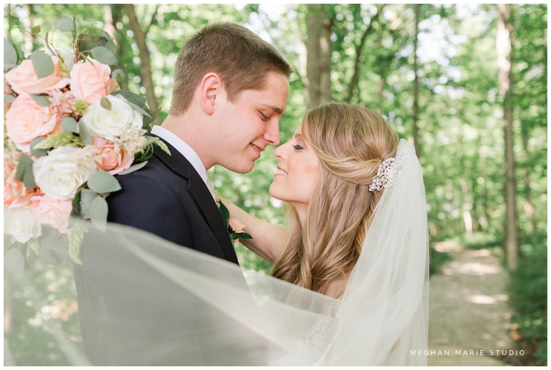 meghan marie studio simple elegant classic catholic wedding_0198.jpg