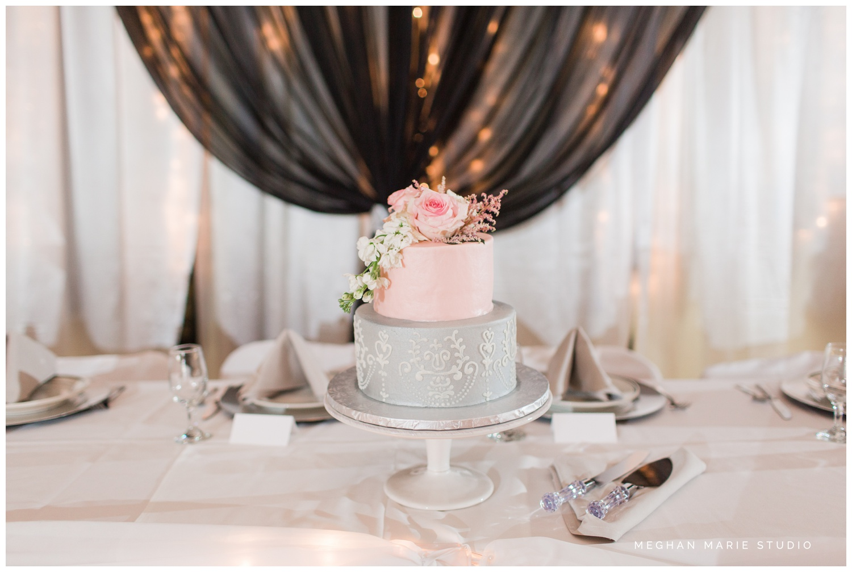 meghan marie studio simple elegant classic catholic wedding_0201.jpg