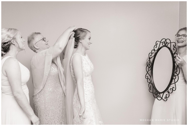 meghan marie studio country catholic ohio wedding_0223.jpg