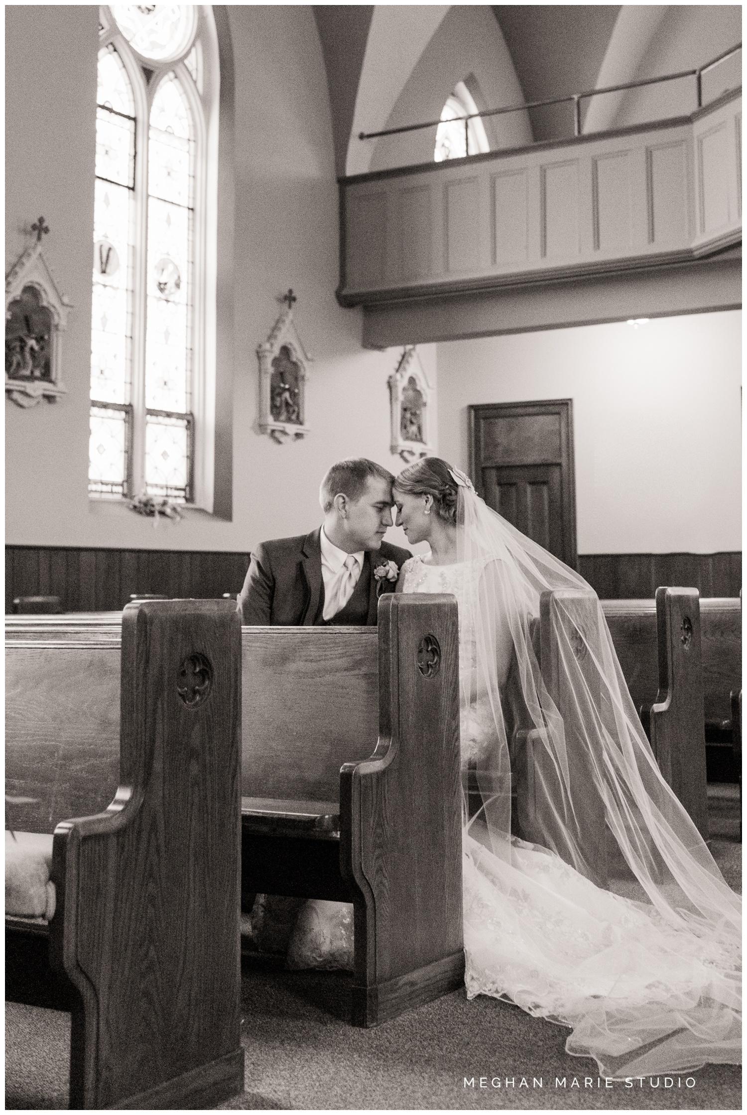 meghan marie studio country catholic ohio wedding_0236.jpg