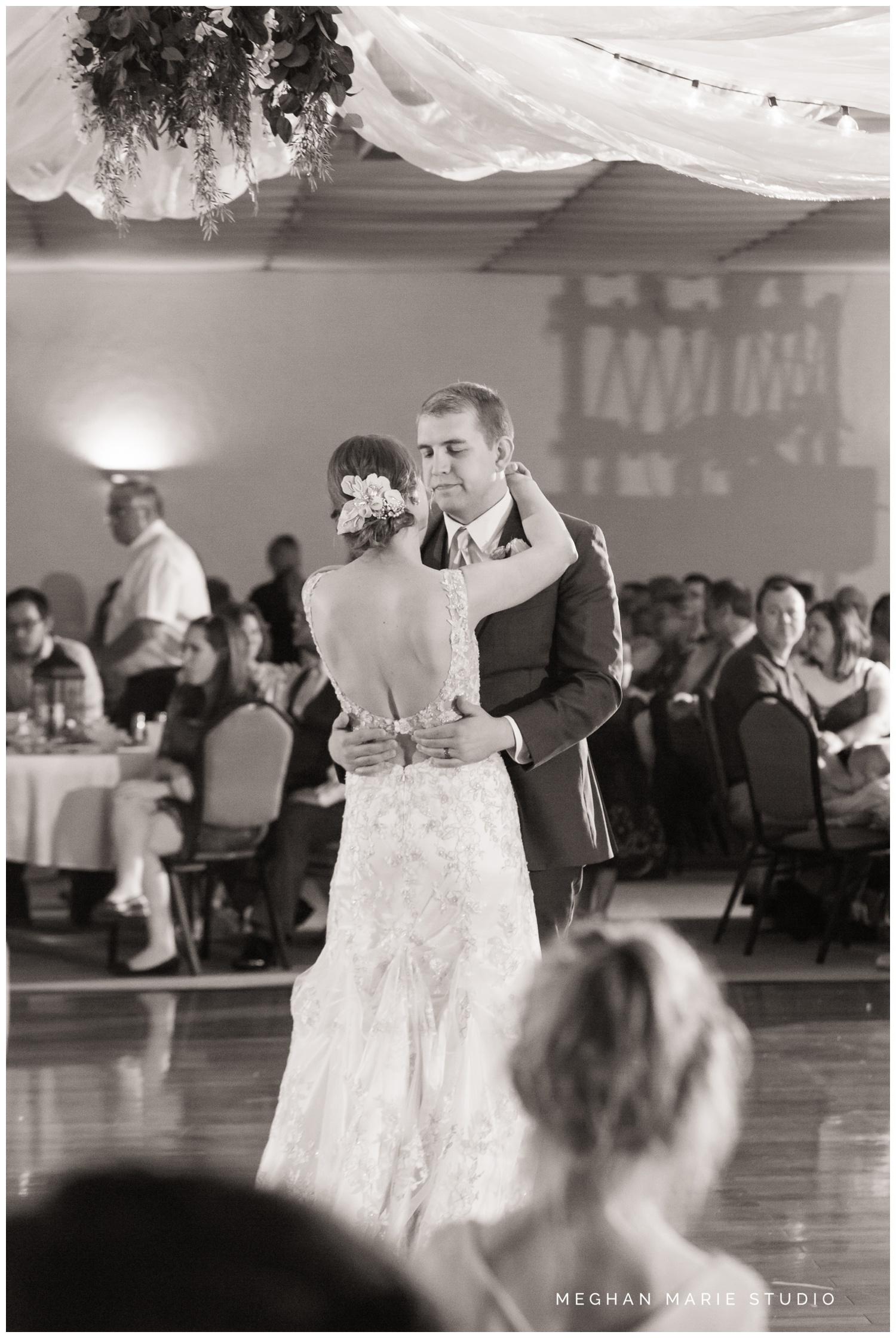 meghan marie studio country catholic ohio wedding_0244.jpg