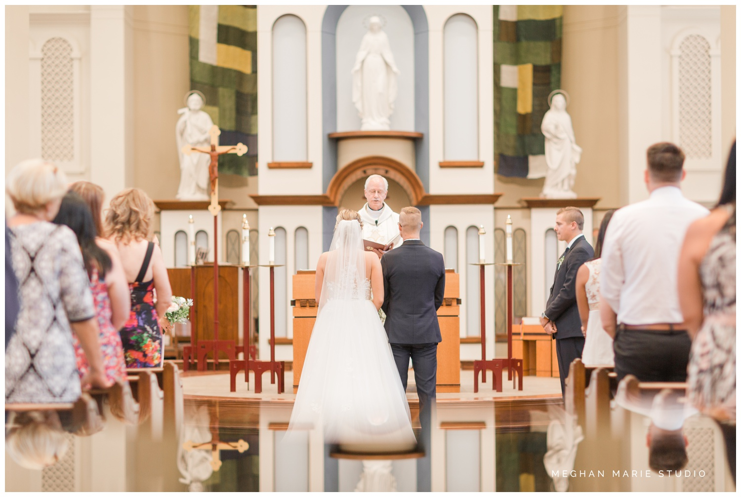 meghan marie studio university of dayton cathedral wedding with romantic earth tone donuts and decor steam plant ohio wedding_0307.jpg
