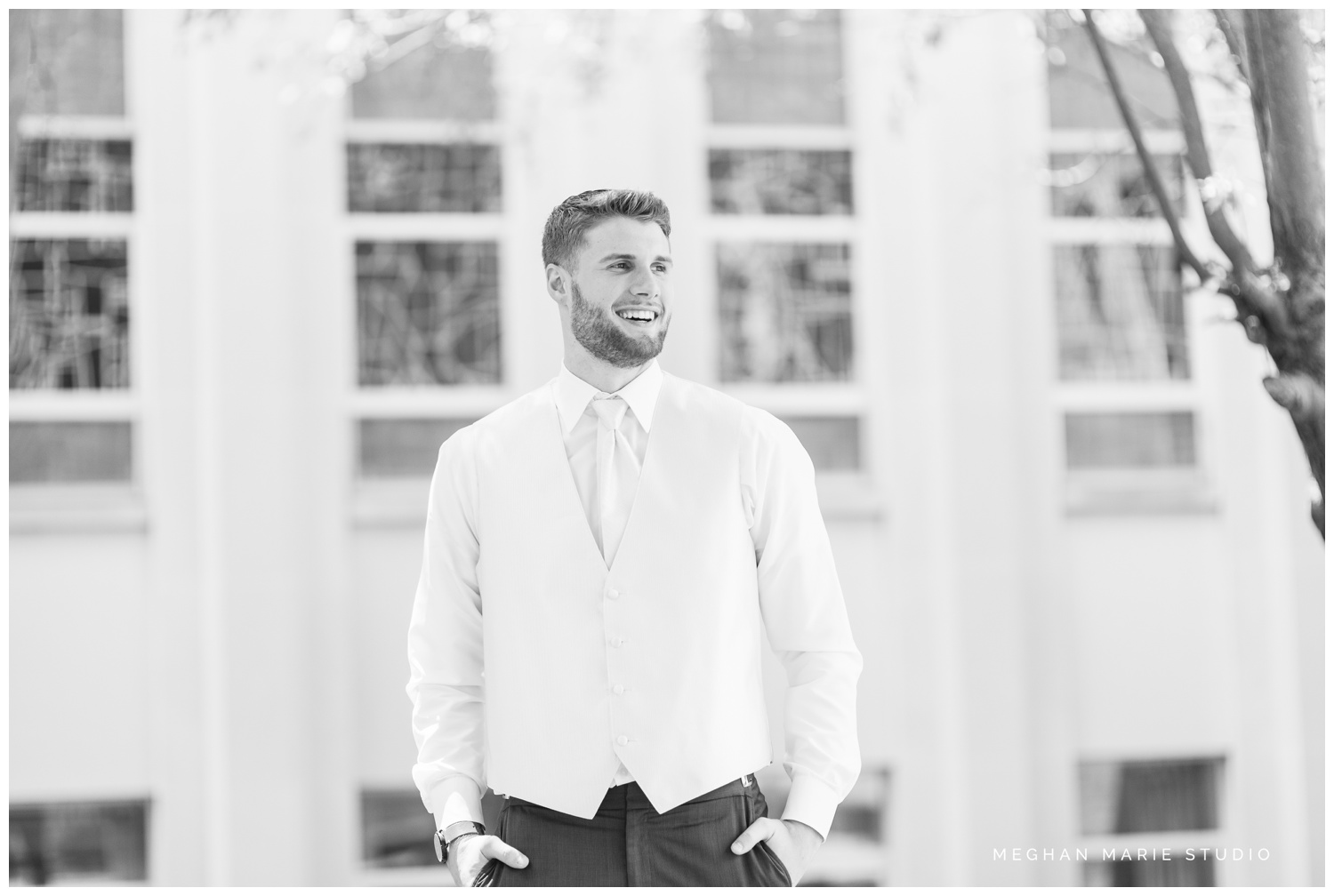meghan marie studio ohio wedding kyle ahrens msu michigan state basketball spartans navy blush rustic barn soft warm bright bubbles catholic church_0364.jpg