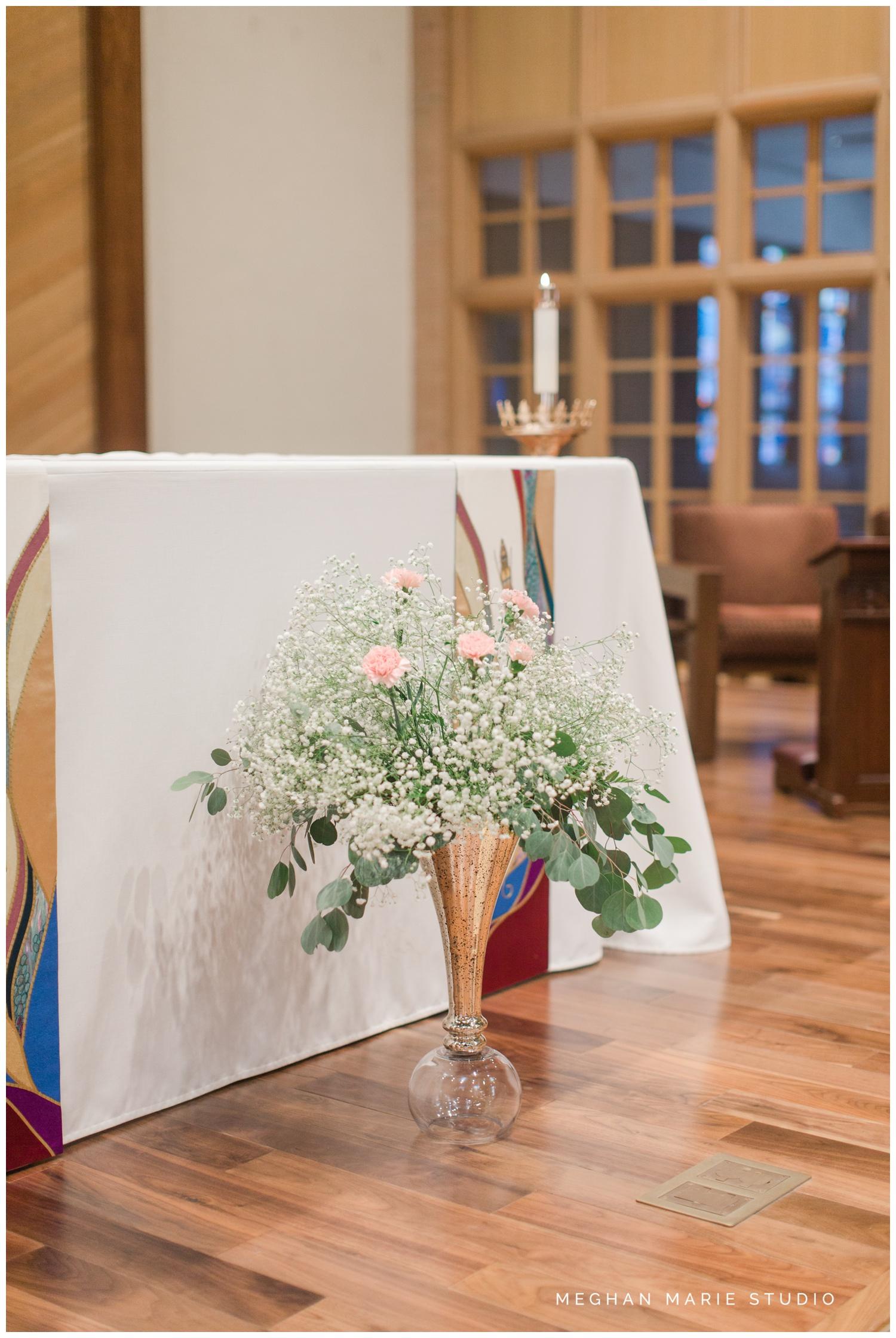 meghan marie studio ohio wedding kyle ahrens msu michigan state basketball spartans navy blush rustic barn soft warm bright bubbles catholic church_0371.jpg