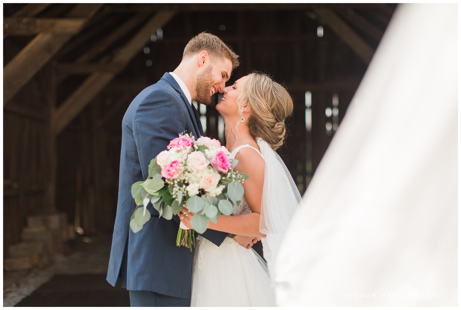 meghan marie studio ohio wedding kyle ahrens msu michigan state basketball spartans navy blush rustic barn soft warm bright bubbles catholic church_0385.jpg