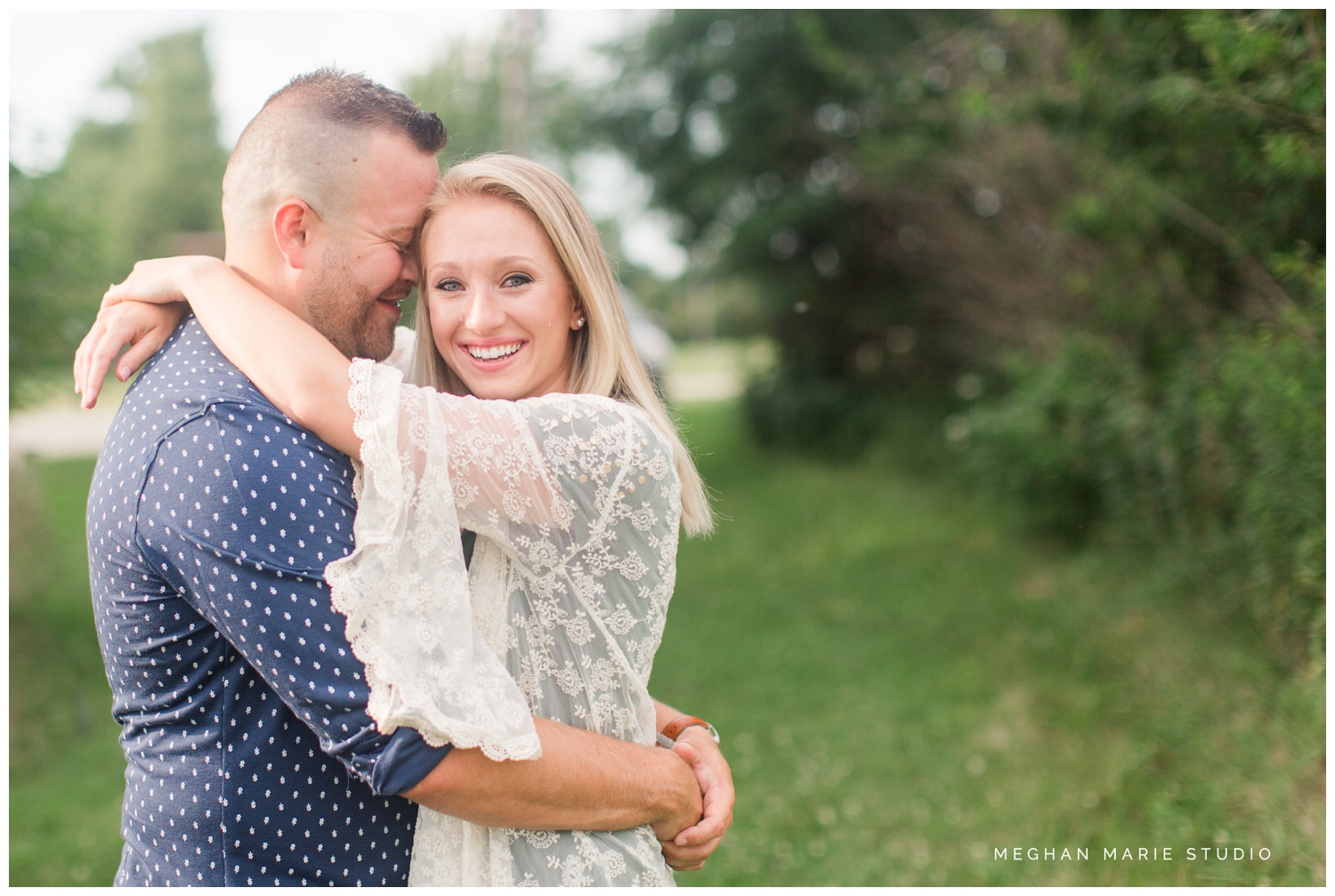 meghan marie studio ohio dayton troy photographer wedding photography engagement alex kaila family honeycreek preserve champagne downtown courthouse urban rural earth toned nature woods barn country city stone fountain elegant_0461.jpg
