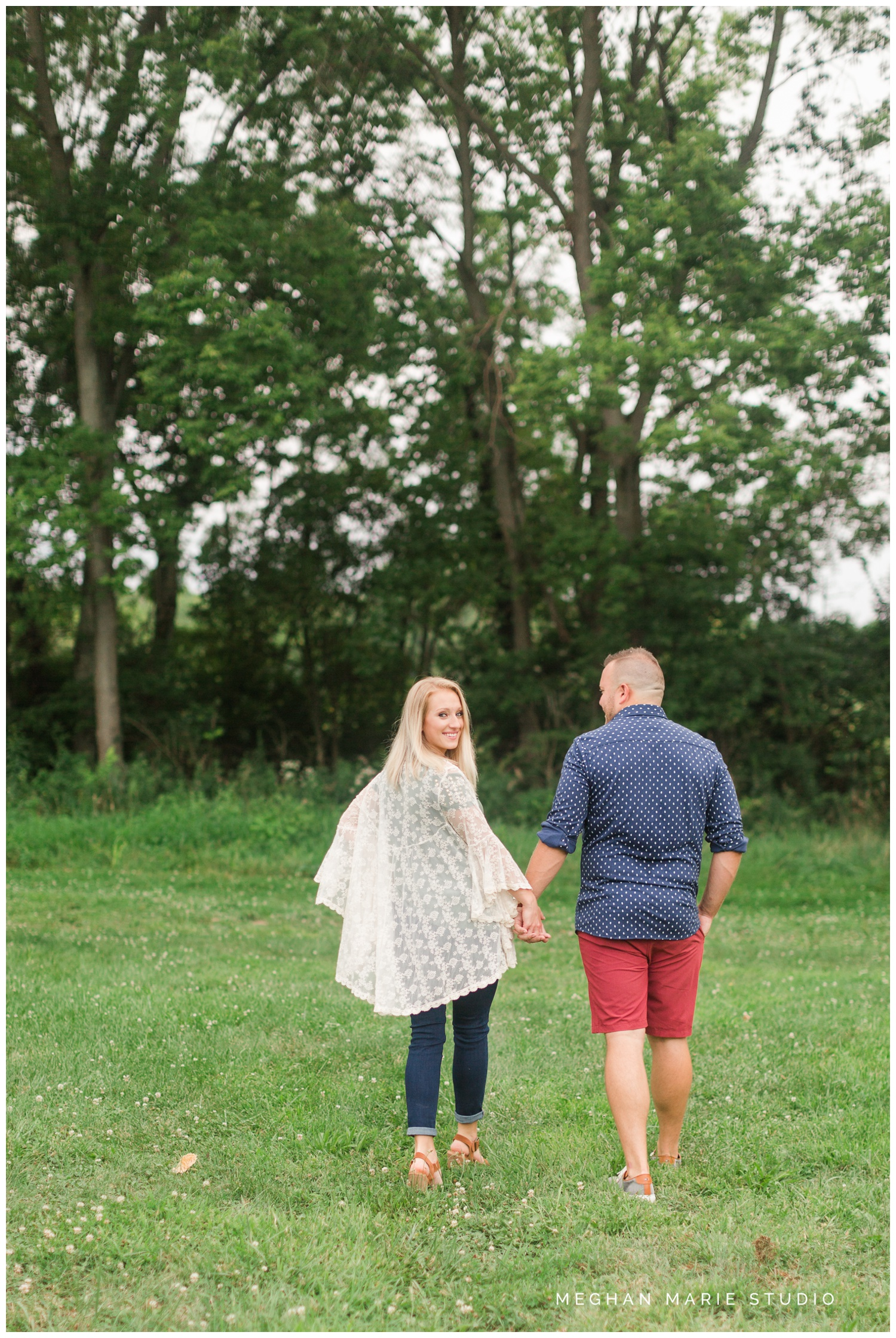 meghan marie studio ohio dayton troy photographer wedding photography engagement alex kaila family honeycreek preserve champagne downtown courthouse urban rural earth toned nature woods barn country city stone fountain elegant_0473.jpg