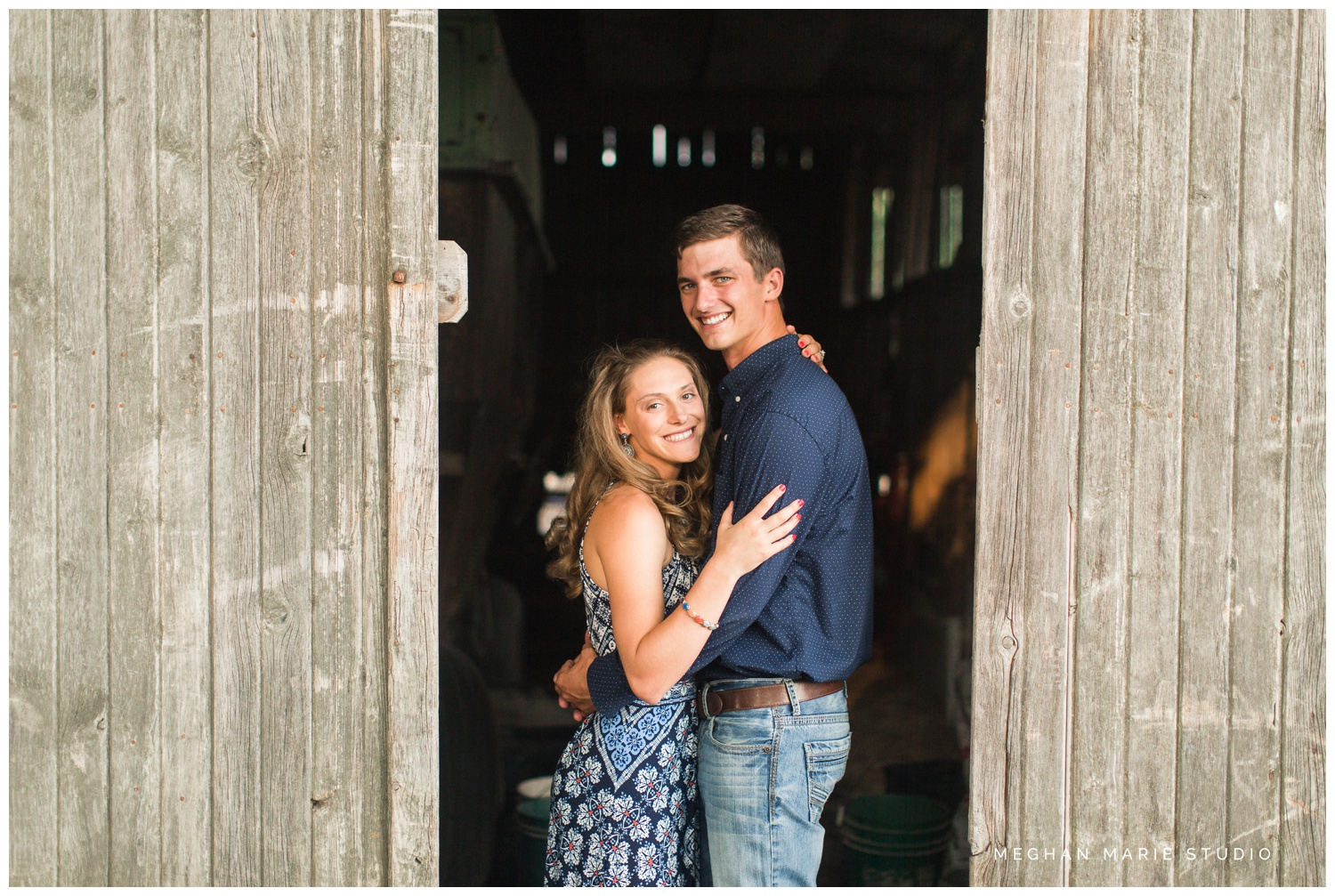 meghan marie studio wedding photographer ohio troy dayton columbus small town rustic rural farm cows russia shelby county barns antique vintage engagement lauren heaton_0562.jpg
