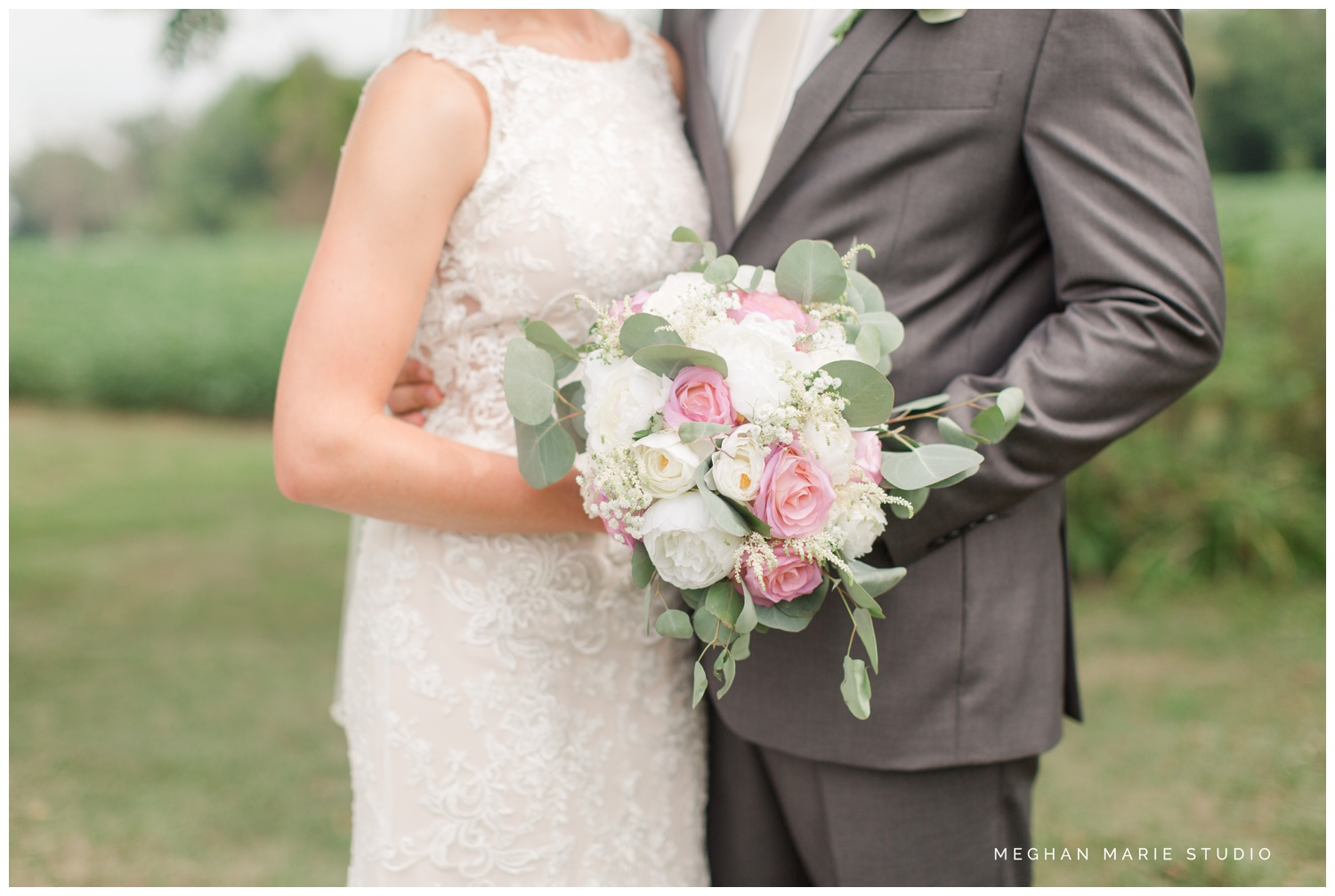 meghan marie studio wedding photographer ohio troy dayton columbus small town rustic rural farm cows vintage mauves dusty rose pinks whites ivorys grays f1 sound paper lanterns pearls_0628.jpg