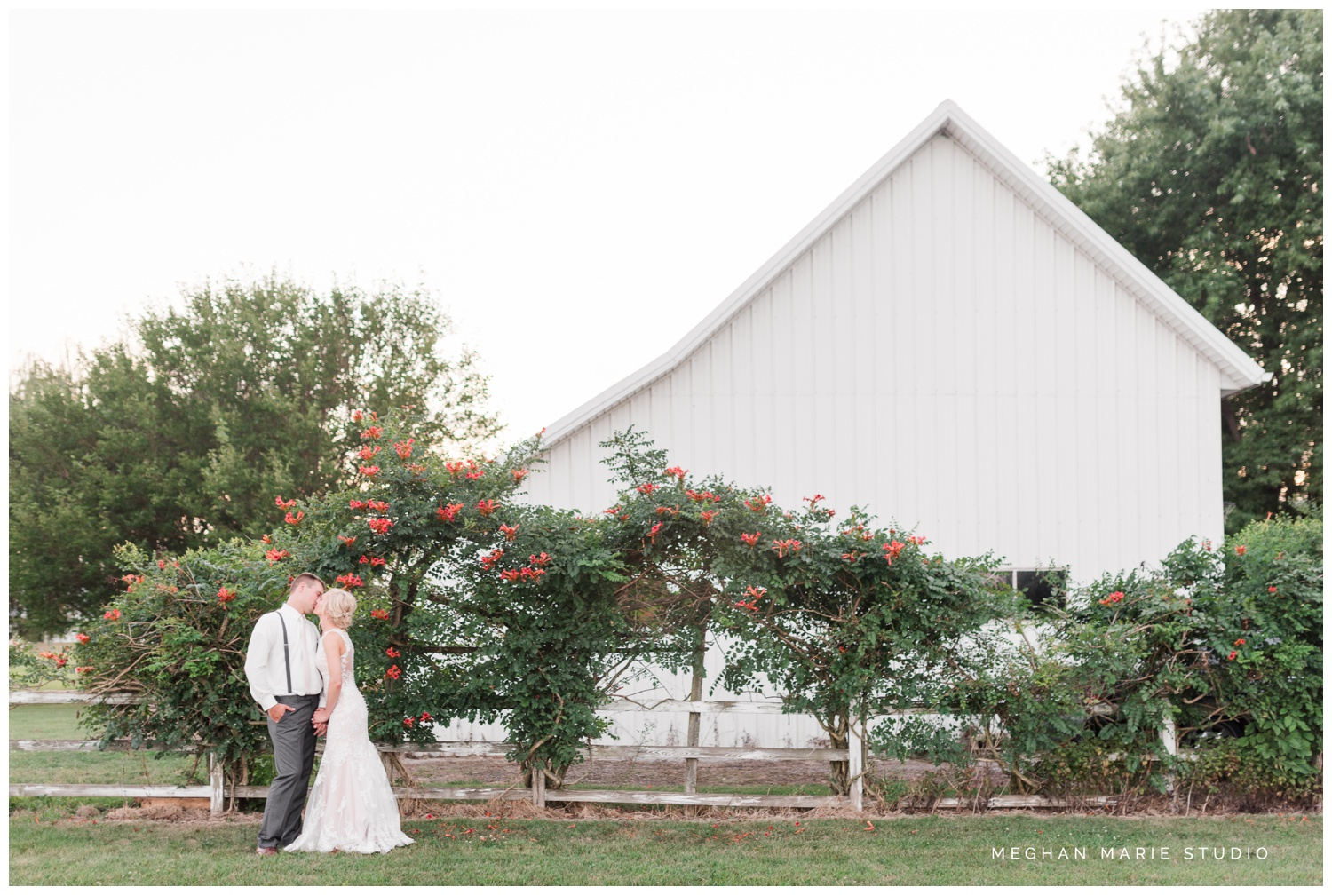 meghan marie studio wedding photographer ohio troy dayton columbus small town rustic rural farm cows vintage mauves dusty rose pinks whites ivorys grays f1 sound paper lanterns pearls_0660.jpg