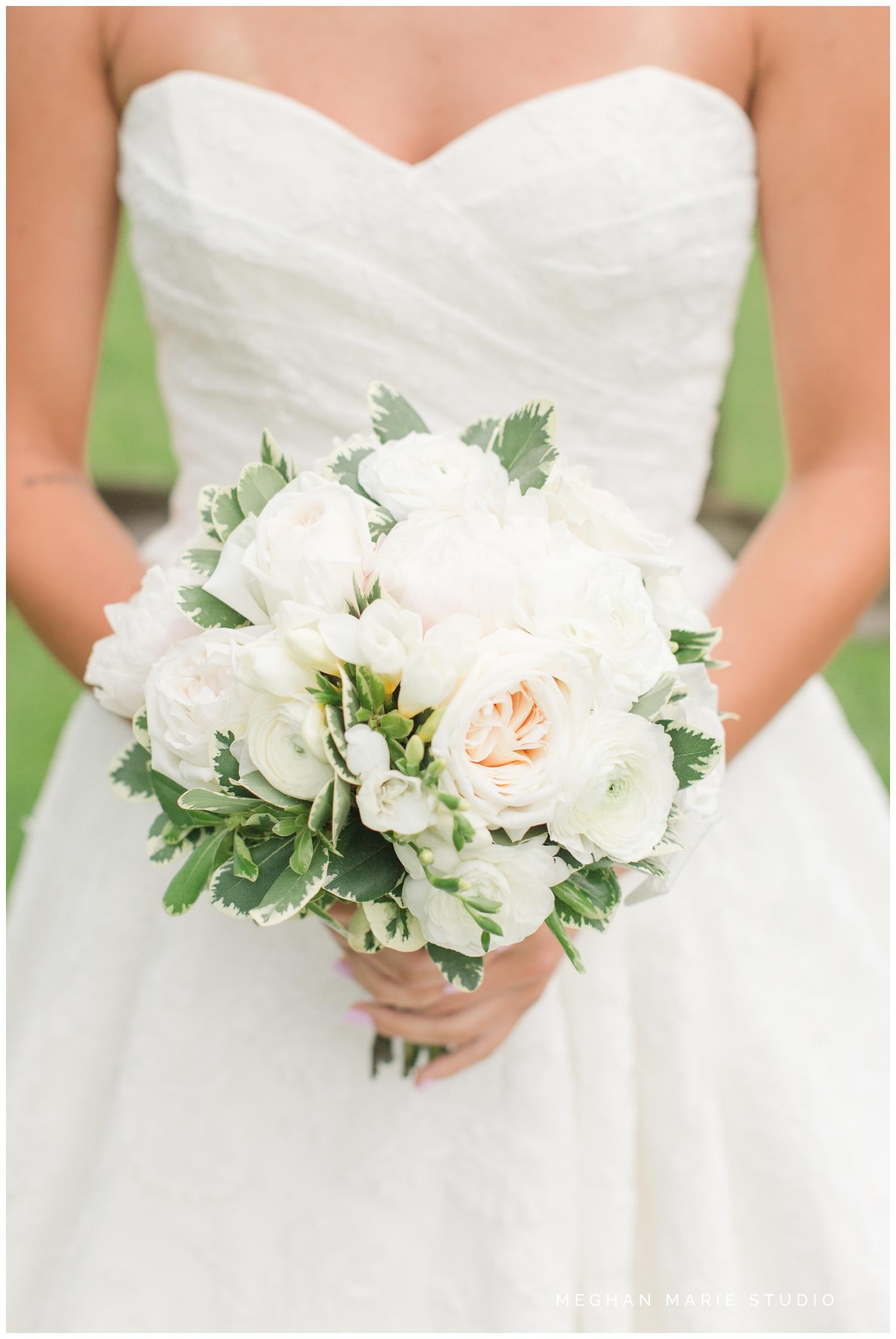 meghan marie studio wedding photographer ohio dayton cincinnati columbus outdoor rural vintage rustic DIY wedding country chic pinterest bridal gown beauty_0684.jpg