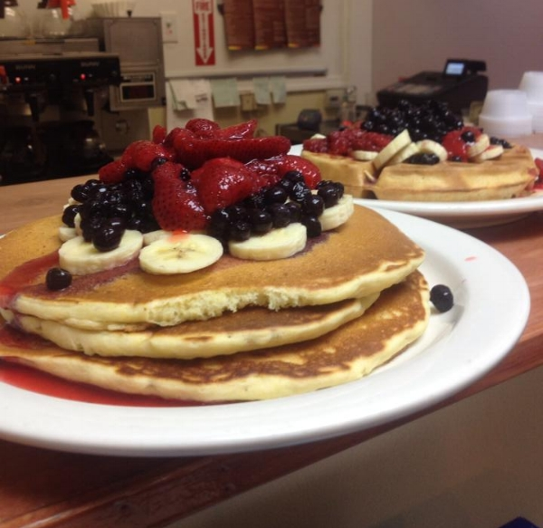Frescafe - 82 Concord StreetRestaurant Week Specials       $9.99 Smoked Margarita Omelet,       $10.99 Chicken Lemon Artichoke Omelet,                                               $10.59 Prosciutto & Avocado Eggs Benedict,                                             $9.59 Caramel Roasted Almonds French Toast,                                   $9.59 Nutella & Berry Blend French Toast,                                         $9.59 Strawberry Chocolate Pancakes Parking Directions                            Heading South on Rt 126: Right on Park Street, Left on Franklin Street, Left into Howard/Concord Lot  Heading North on 126: Right on Howard Street, Left into Howard/Concord Lot