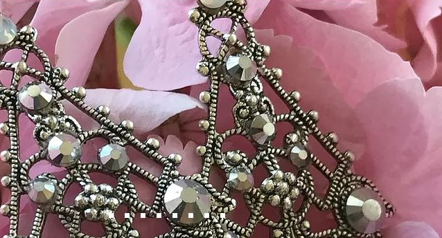 Janine's Jewels - If you're into trend-setting style, stop by Janine's table. Janine creates pieces to help you capture current milestones and express special memories!> Pair it with YAWP