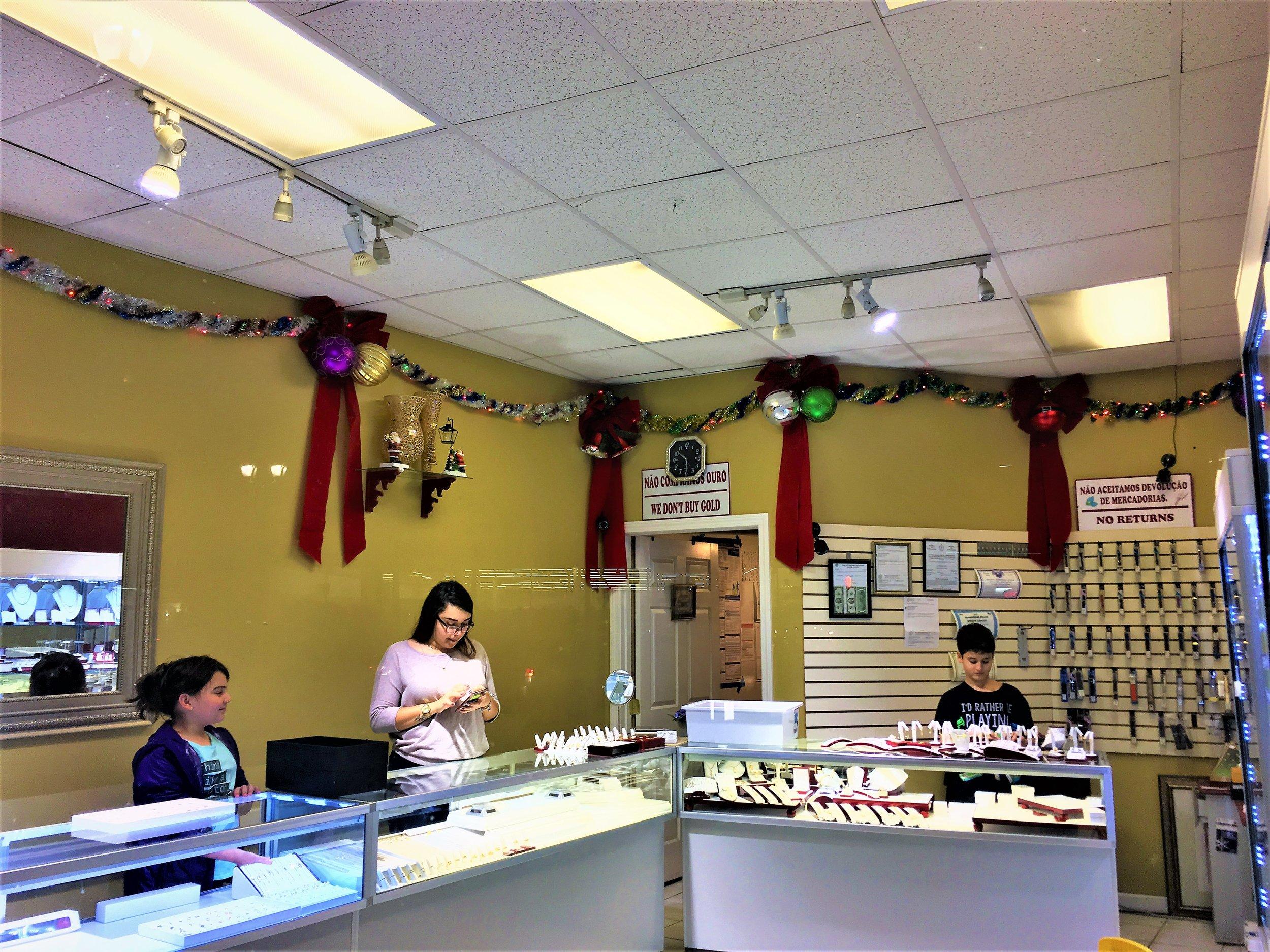 Carvalhos Jewelers   8 Union Avenue