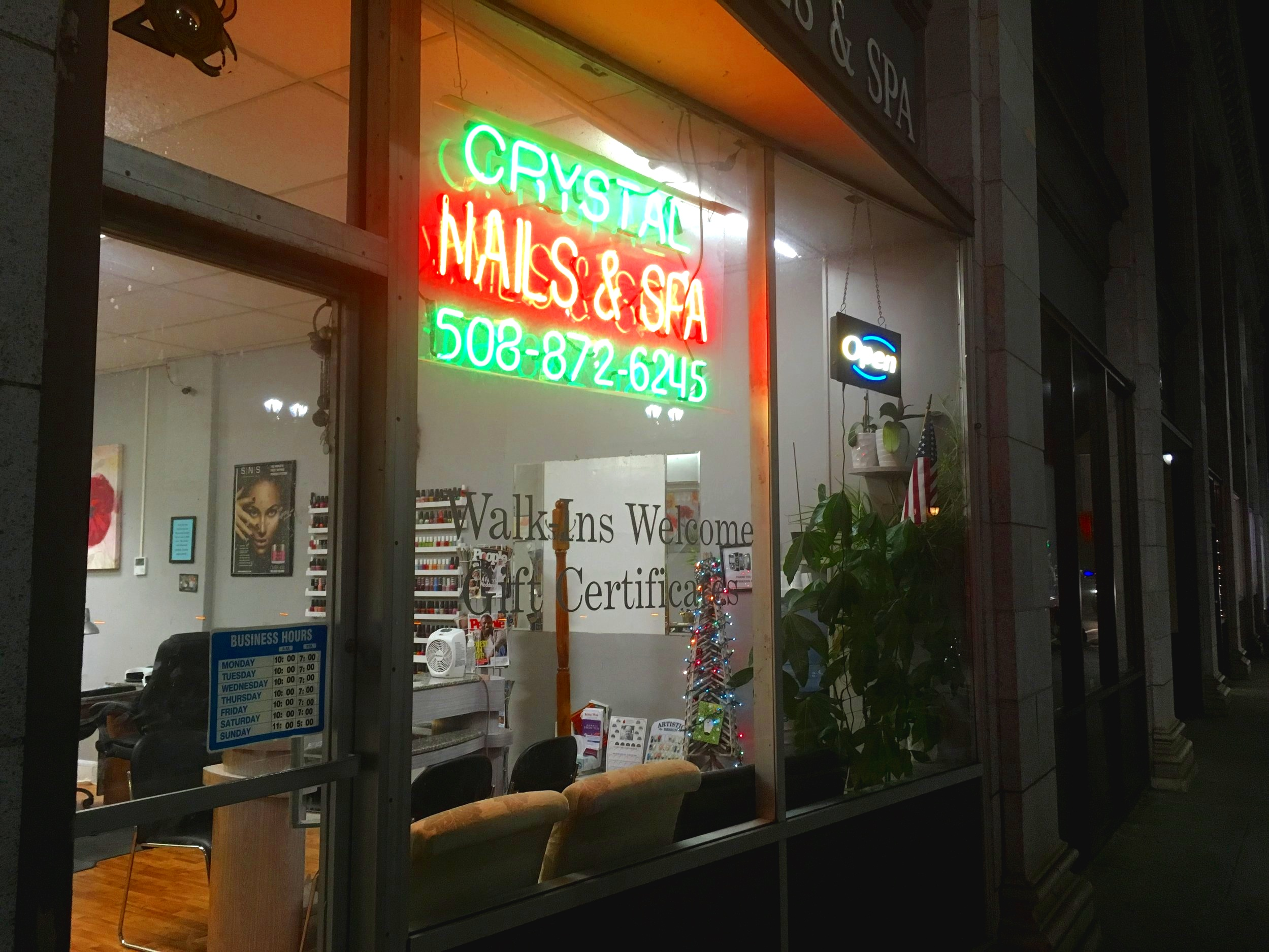 Crystal Nails and Spa   28 Union Avenue