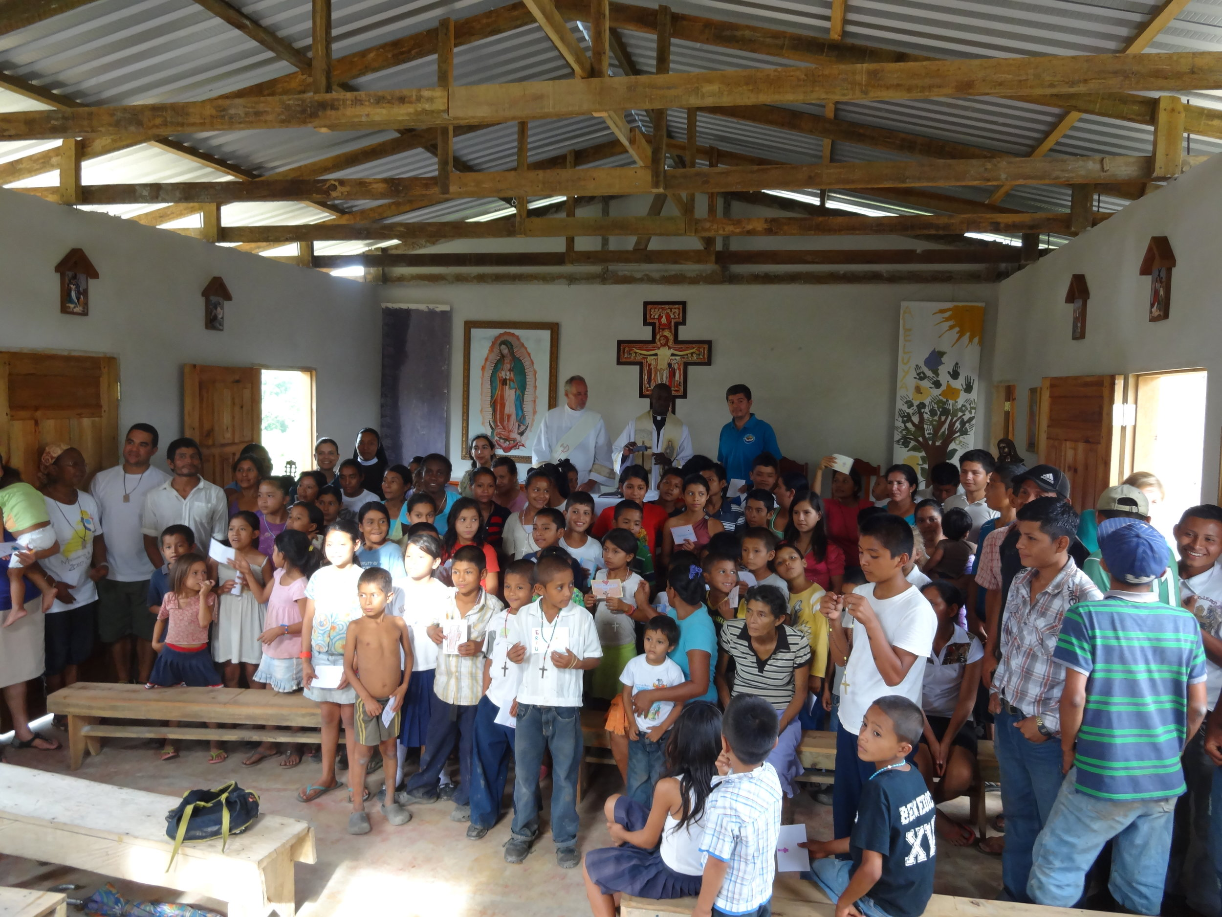 honduras Mission:   Mass in La Colonia 2014