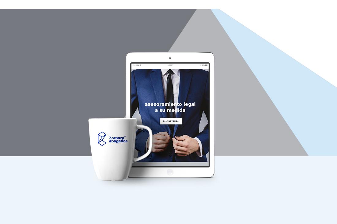 web_zornoza_iPad+taza.jpg