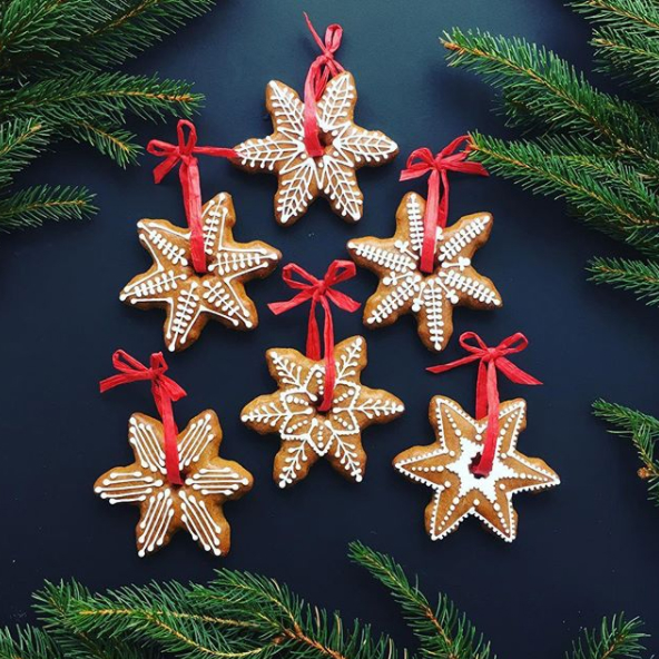 RU'KO    Beautifully illustrated festive biscuits, made from a traditional gingerbread recipe.
