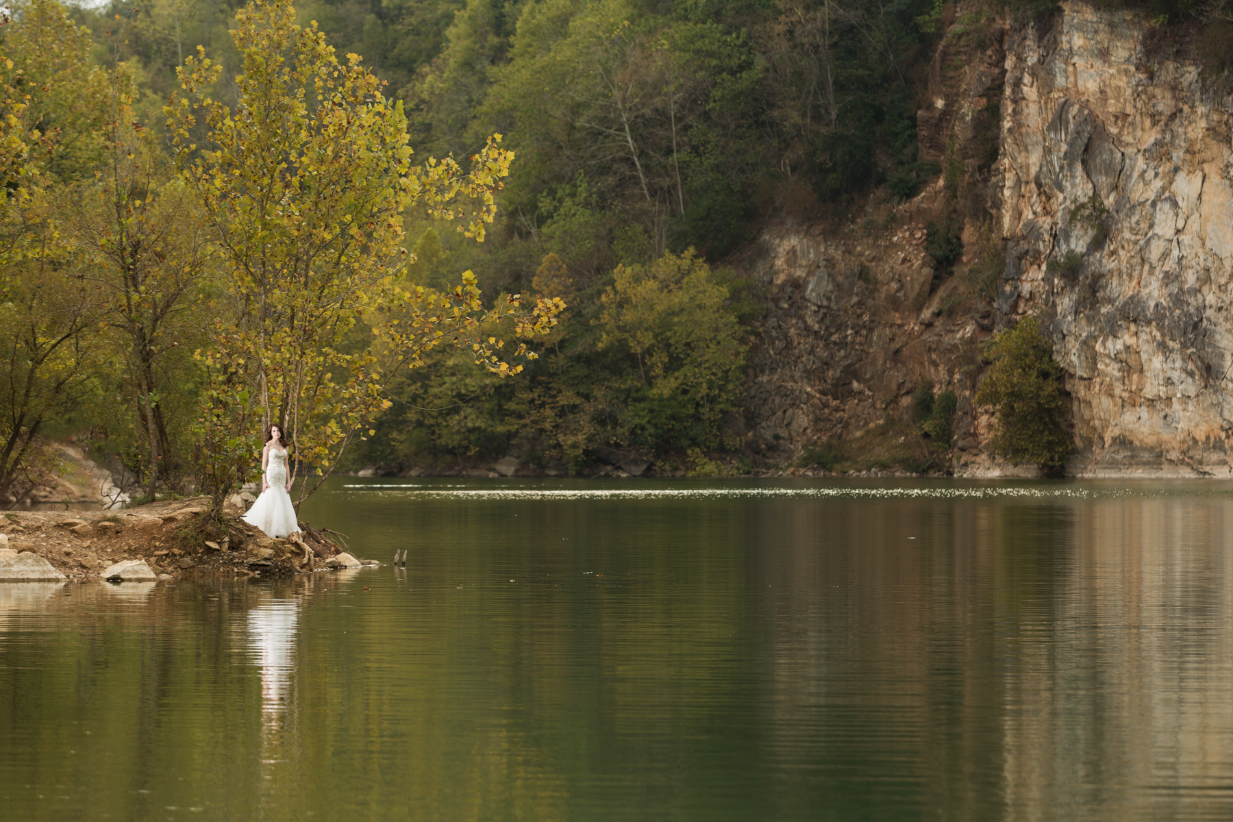 Meads Quarry Lake is part of Ijams Nature Center. What, you didn't know this existed in Knoxville?