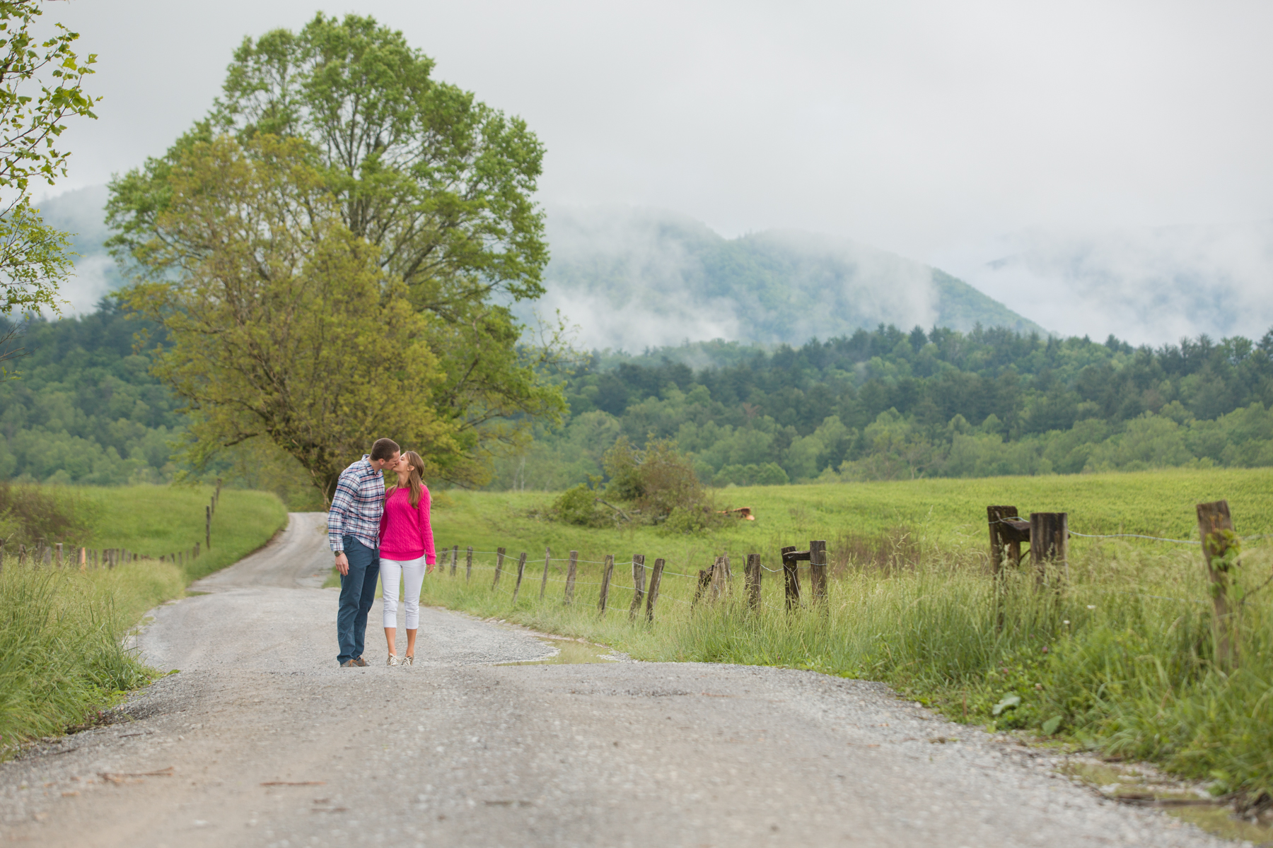 Cades-Cove-Marriage-Proposal-06