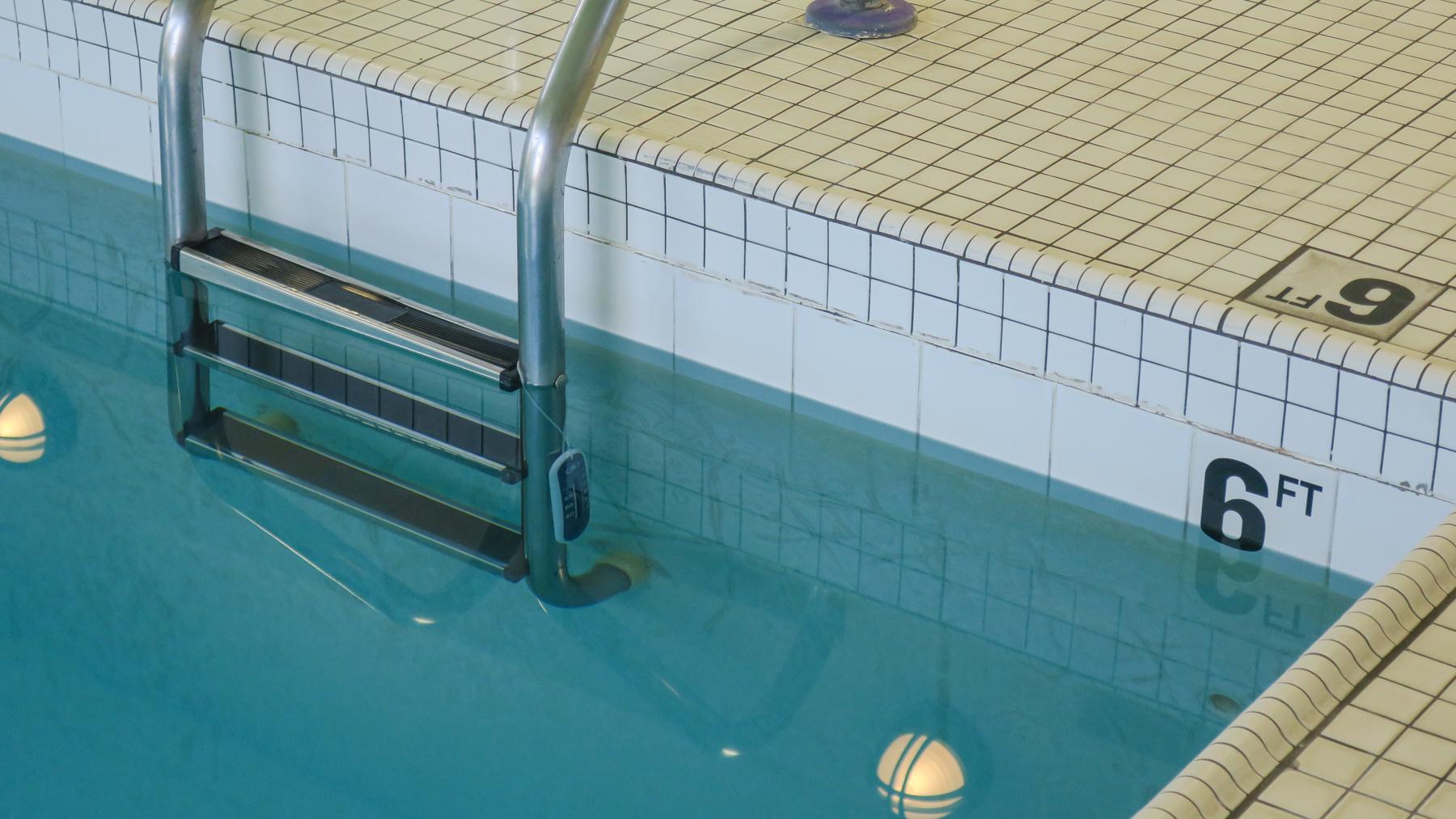 Tennova Fitness Pool -7.jpg