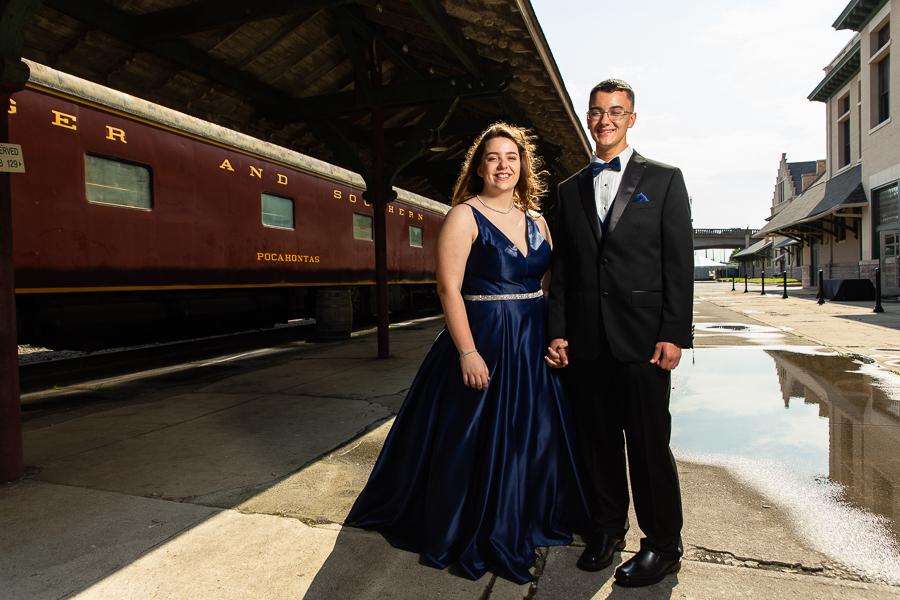 Joey and Savannah at Prom 2019-12.JPG