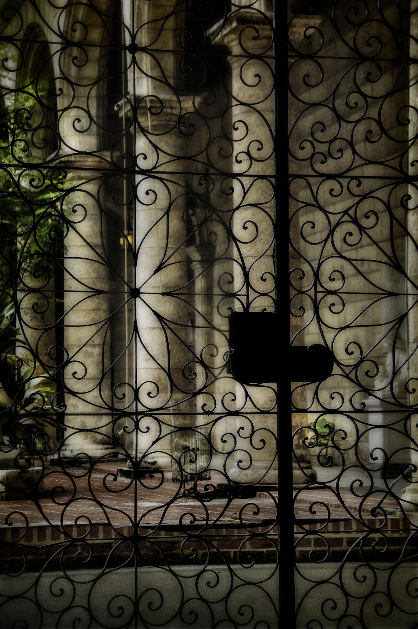 Virginia_Beyond the Gates.jpg