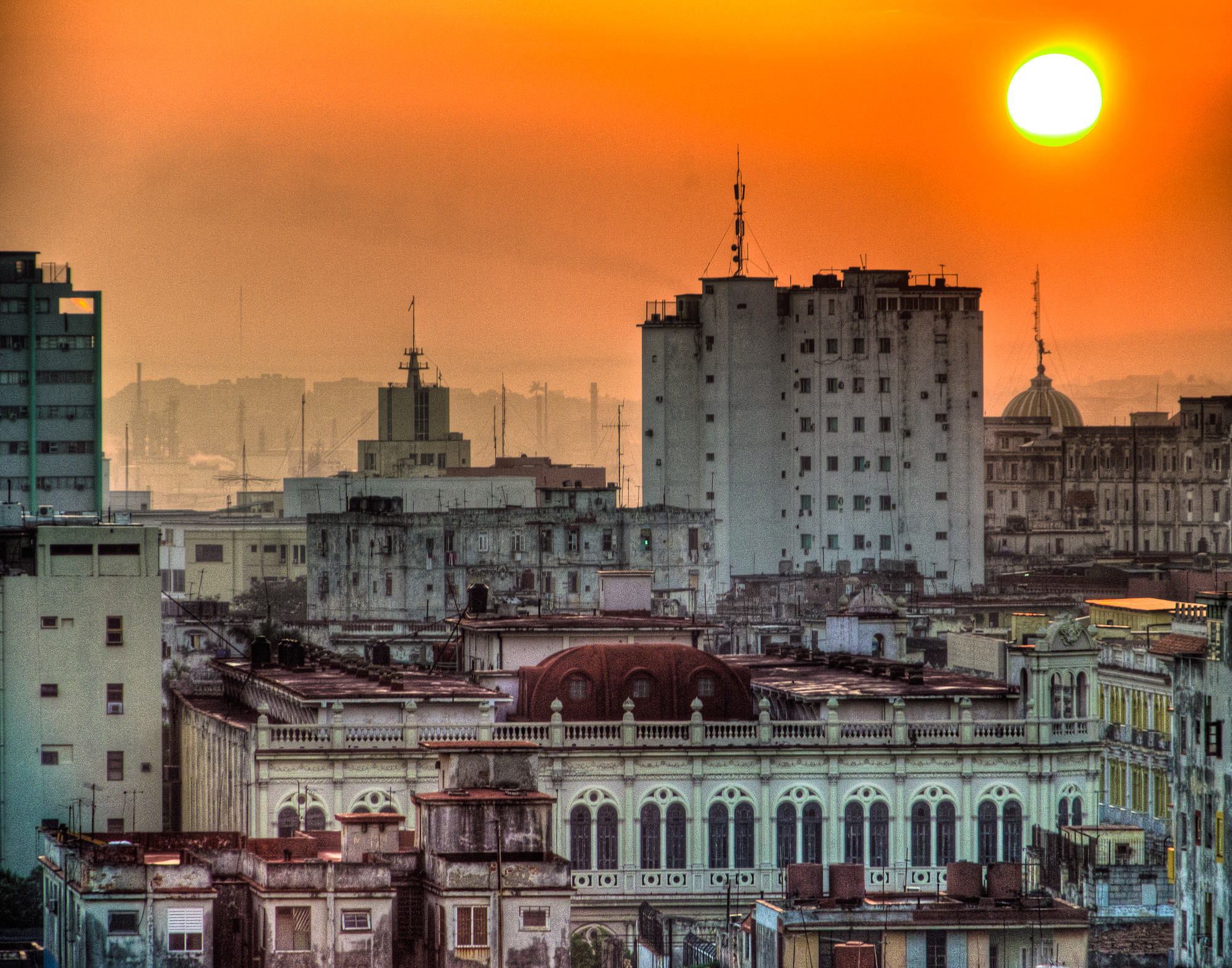 Bill_Barnett_Havana Sunrise.jpg